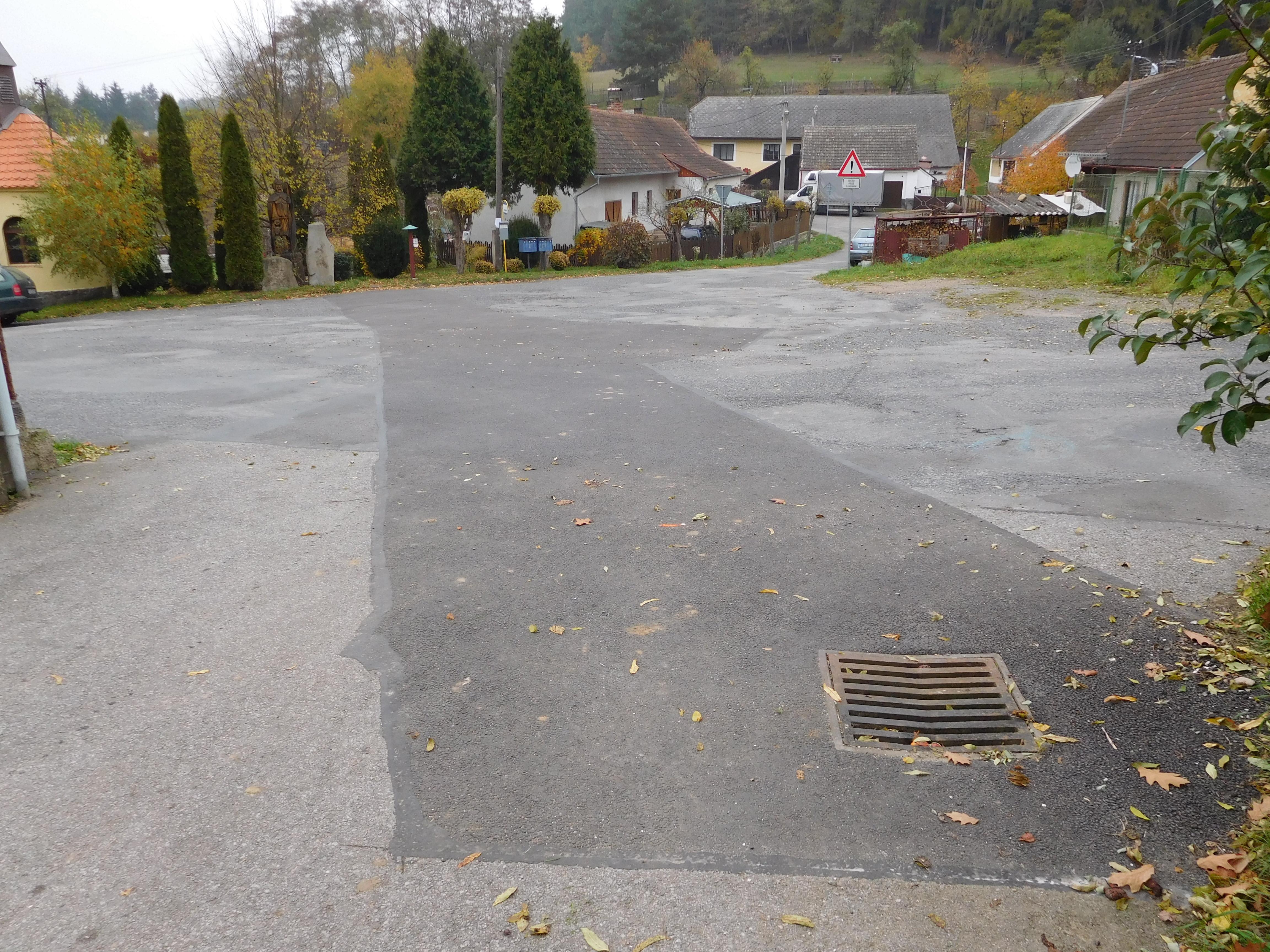 Oprava poškozené kanalizace po přívalových deštích 2014 v obce Tažovice