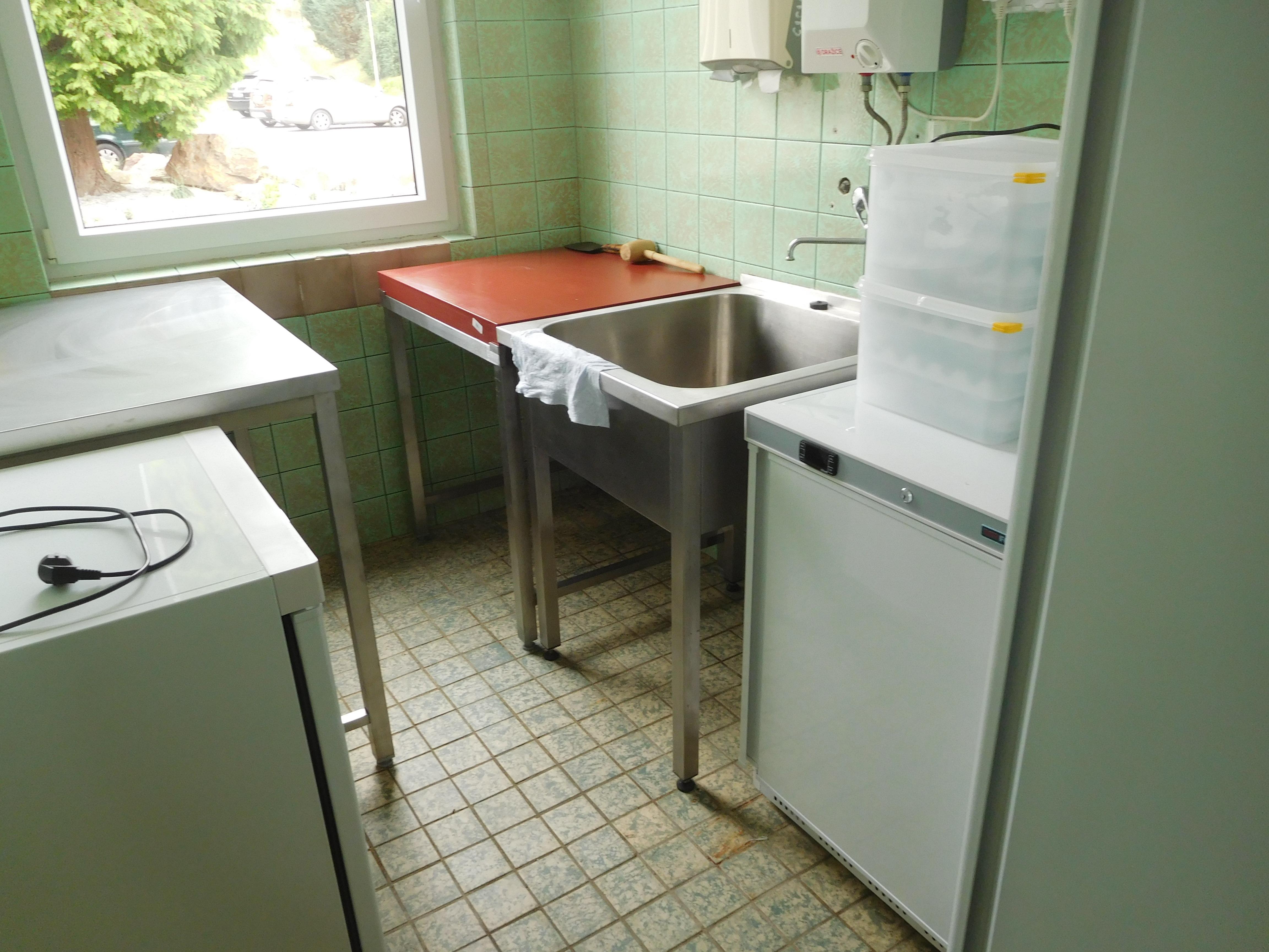 Vybavení kuchyně ZŠ a MŠ Volenice