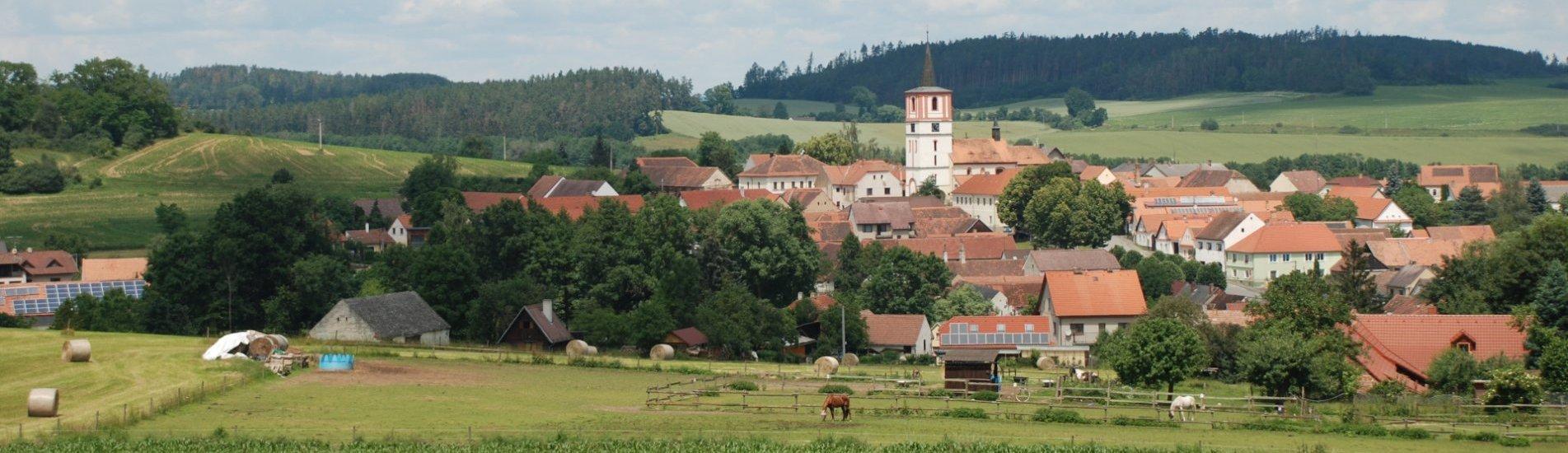 Pohled na obec Volenice